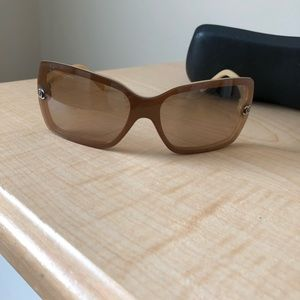 Authentic Chanel Sunglasses, rectangular tan